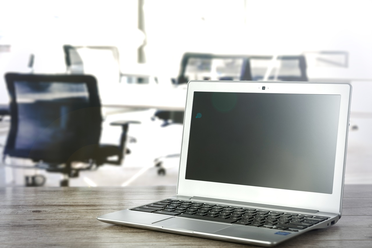 Jaki laptop do 2000 zł wybrać